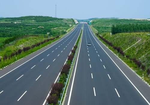 高速公路:春节假期免费通行