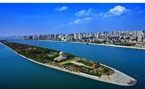 湖南精品旅游线路和品牌建设座谈会召开