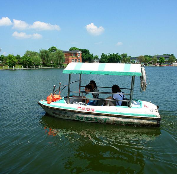 水上电动船
